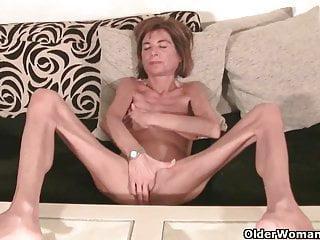 Nackt dürre granny Geile alte